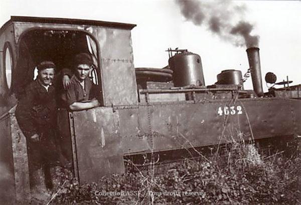 En 1928, création des voies ferrées de largeur 0,60 mètre où les locomotives tirent des wagons de betteraves vers l'usine et repartent avec des pulpes.