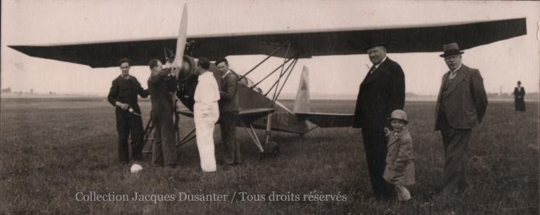 Baptêmes de l'air et école de pilotage en 1935